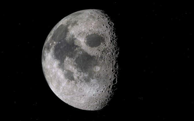Buchi lavorativi nel CV come crateri sulla luna